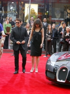 Tom Cruise and Katie Holmes arrive