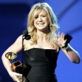 Kelly Clarkson: The original 'Idol' grabs a Grammy