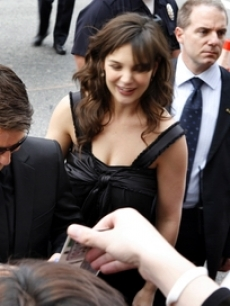 Tom Cruise and Katie Holmes meet their fans