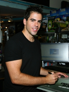 Eli Roth attends a poster signing for 'Inglorious Basterds'in New York City on August 17, 2009