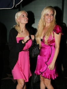 Holly Madison and Bridget Marquardt spotted rocking matching hot pink on August 20, 2009 in West Hollywood, California