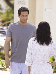 Josh Hopkins and Courteney Cox in 'Cougar Town'
