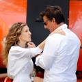 Sarah Jessica Parker and Chris Noth reprise their roles as Carrie and Mr. Big as they Film 'Sex and The City 2' in NYC, Sept. 1, 2009