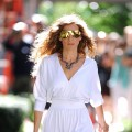 Sarah Jessica Parker films a scene from 'Sex and The City 2' on the streets of Manhattan on September 1, 2009