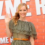 Leslie Mann is all smiles at the 'Funny People' photocall in Madrid, Spain on August 27, 2009
