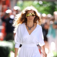 Sarah Jessica Parker films a scene from &#8216;Sex and The City 2&#8217; on the streets of Manhattan on September 1, 2009
