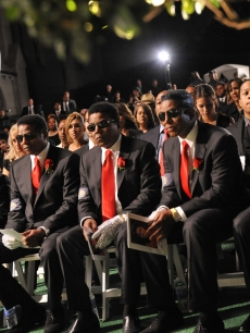 Janet Jackson, Randy Jackson, Jackie Jackson, Tito Jackson, Jermaine Jackson and Marlon Jackson attend Michael Jackson's funeral service held at Glendale Forest Lawn Memorial Park on September 3, 2009