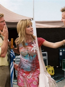 "Sandra Bullock oversteps her boundaries in ""All About Steve"""