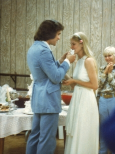 Patrick Swayze and his wife Lisa Niemi on their wedding day on June 12, 1975