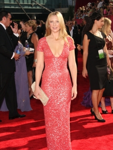 'Fringe's' Anna Torv sparkles on the red carpet at the 61st Primetime Emmy Awards held at the Nokia Theatre on September 20, 2009 in Los Angeles, California