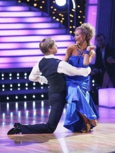 Joanna Krupa and Derek Hough compete as part of team Foxtrot in the relay round