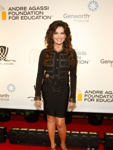 Marie Osmond hits the red carpet at the 14th Annual Andre Agassi Charitable Foundation's Grand Slam for Children Benefit Concert in Las Vegas, Nevada on September 26, 2009