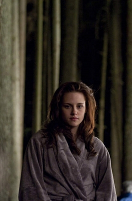 Kristen Stewart in a bathrobe during filming of the nighttime forest fantasy scene for &#8216;New Moon,&#8217; on April 23, 2009