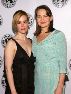 Then-couple Sarah Paulson and Cherry Jones in 2006