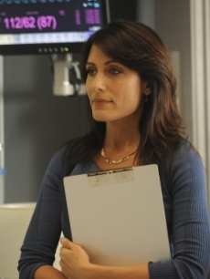 Lisa Edelstein plays Dr. Lisa Cuddy on &#8216;House&#8217;