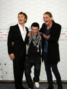 Charlie Bewley, Cameron Bright and Jamie Campbell Bower have a laugh during the 'The Twilight Saga: New Moon' photocall during International Rome Film Festival on October 22, 2009
