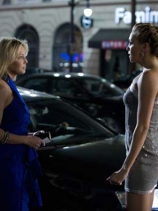 Heather Locklear and Katie Cassidy face off in a scene from &#8216;Melrose Place&#8217;