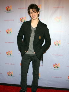 'Gossip Girl' star Connor Paolo looks sharp at the Elizabeth Glaser Pediactric AIDS Foundation 'Kids For Kids Family Carnial' in NYC on October 24, 2009