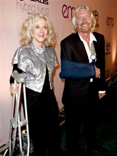 Blythe Danner and Sir Richard Branson arrive for the 20th Anniversary Environmental Media Awards at the Paramount lot, Sunday, Oct. 25, 2009, in Los Angeles