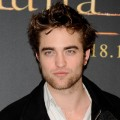 Robert Pattinson attends &#8216;The Twilight Saga: New Moon&#8217; photocall at Villa Magna Hotel on November 12, 2009 in Madrid, Spain