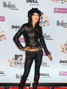 Juliette Lewis arrives for the 2009 MTV Europe Music Awards held at the O2 Arena, Berlin, Germany, November 5, 2009