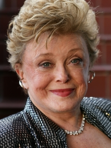 Actress Rue McClanahan poses at a book signing for her new book 'My First Five Husbands' near Book Soup May 2, 2007 in West Hollywood, California.