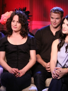 Nikki Reed, Elizabeth Reaser, Kellan Lutz and Ashley Greene talk 'New Moon' with Access, LA, Nov. 6, 2009