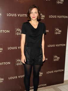 Maggie Gyllenhaal keeps it classy in all black at the Louis Vuitton 2010 Cruise Collection launch at Louis Vuitton Saks Lifestyle in New York City on November 10, 2009