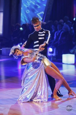More smooth, futuristic moves from Joanna Krupa and Derek Houg on 'Dancing,' Nov. 9, 2009