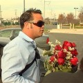 Jon Gosselin brings Kate a bouquet of roses to a court hearing on November 21, 2009