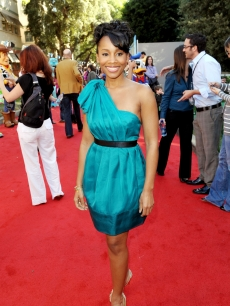 The lovely Anika Noni Rose arrives at the premiere of Walt Disney Pictures' 'The Princess and the Frog' at the Disney Studios on November 15, 2009 in Burbank, California