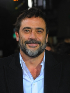 Jeffrey Dean Morgan arrives at 'The Twilight Saga: New Moon' premiere held at the Mann Village Theatre, LA, November 16, 2009