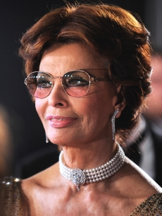 Sophia Loren arrives at the 2010 Pirelli Calendar launch party at Old Billingsgate on November 19, 2009 in London