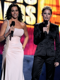 Sofia Vergara and Julie Bowen of 'Modern Family' at the 2009 American Music Awards at the Nokia Theatre L.A. Live in LA on November 22, 2009