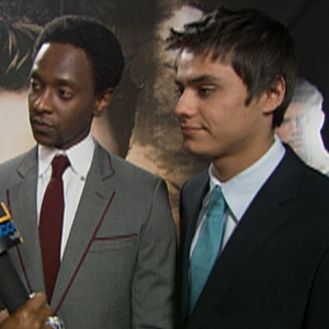 'New Moon' LA Premiere: Edi, Kiowa, Nikki & Anna React To Ravenous Fans