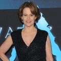 &#8216;Avatar,&#8217; LA Premiere: Sigourney Weaver - James Cameron Is &#8216;A Genius&#8217; 