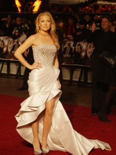Kate Hudson attends the world premiere of 'Nine' at Odeon Leicester Square, London, December 3, 2009