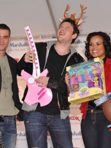 'Glee's' Mark Salling and Cory Monteith and 'American Idol' Season 2 veteran Kimberley Locke attend the 'Carol-Oke' contest at Bryant Park on December 3, 2009