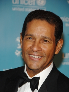 Bryant Gumbel attends the UNICEF 2007 Snowflake Ball presented by Baccarat at Cipriani on November 27, 2007 in New York City