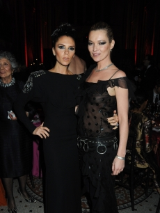 Victoria Beckham and Kate Moss attend the British Fashion Awards at the Royal Courts of Justice, Strand on December 9, 2009