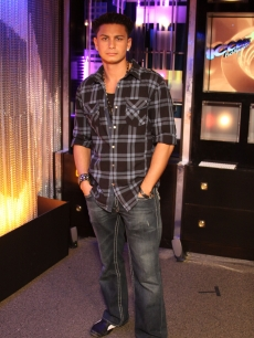 "DJ Pauly D from MTV's ""Jersey Shore"" in December 2009"