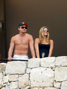 Leonardo DiCaprio and Bar Refaeli enjoy their seaside view in Cabo San Lucas, Mexico on January 1, 2010