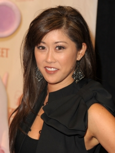 Kristi Yamaguchi arrives at the Dizzy Feet Foundation's Inaugural Celebration of Dance at The Kodak Theater, Hollywood, November 29, 2009