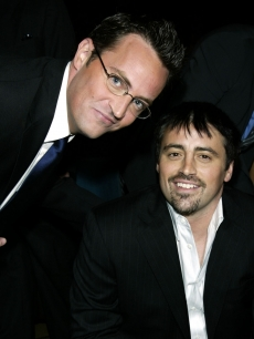 Matthew Perry and Matt LeBlanc in the audience during the 30th Annual People&#8217;s Choice Awards at the Pasadena Civic Auditorium January 11, 2004