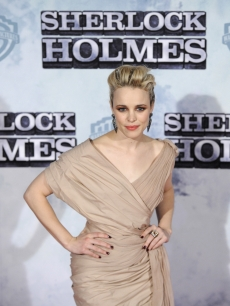 Rachel McAdams poses before the premiere of British film director Guy Ritchi's new film 'Sherlock Holmes' in Madrid, January 13, 2010