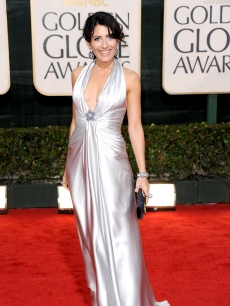The lovely Lisa Edelstein arrives at the 67th Annual Golden Globe Awards held at The Beverly Hilton Hotel on January 17, 2010 in Beverly Hills, California