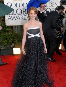 'Glee's' Jayma Mays sports a black gown at the 67th Annual Golden Globe Awards held at The Beverly Hilton Hotel on January 17, 2010 in Beverly Hills, California