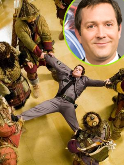A scene from 'Night at the Museum 2,' Thomas Lennon inset