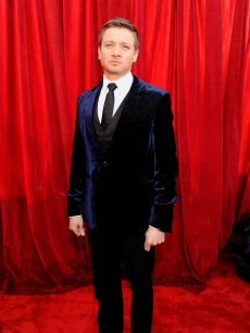 Jeremy Renner arrives at the 16th Annual Screen Actors Guild Awards held at the Shrine Auditorium on January 23, 2010 in Los Angeles, California