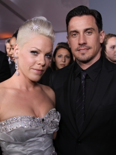 Pink and husband Carey Hart on the Grammys red carpet, Los Angeles, January 31, 2010